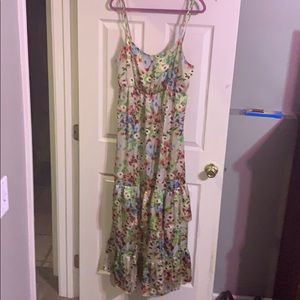 Old Navy floral maxi dress with ruffled bottoms